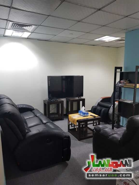 Photo 3 - Commercial 240 sqft For Rent Deira Dubai