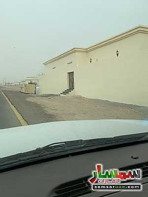 Ad Photo: Building 133 sqm super lux in Al Khabisi  Al Ain