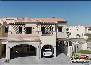 Ad Photo: Villa 3 bedrooms 4 baths 4195 sqft super lux in Al Gurm  Abu Dhabi