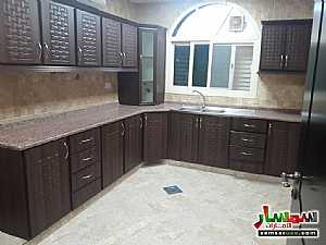 Ad Photo: Apartment 3 bedrooms 3 baths 125 sqm extra super lux in Khalifa City  Abu Dhabi