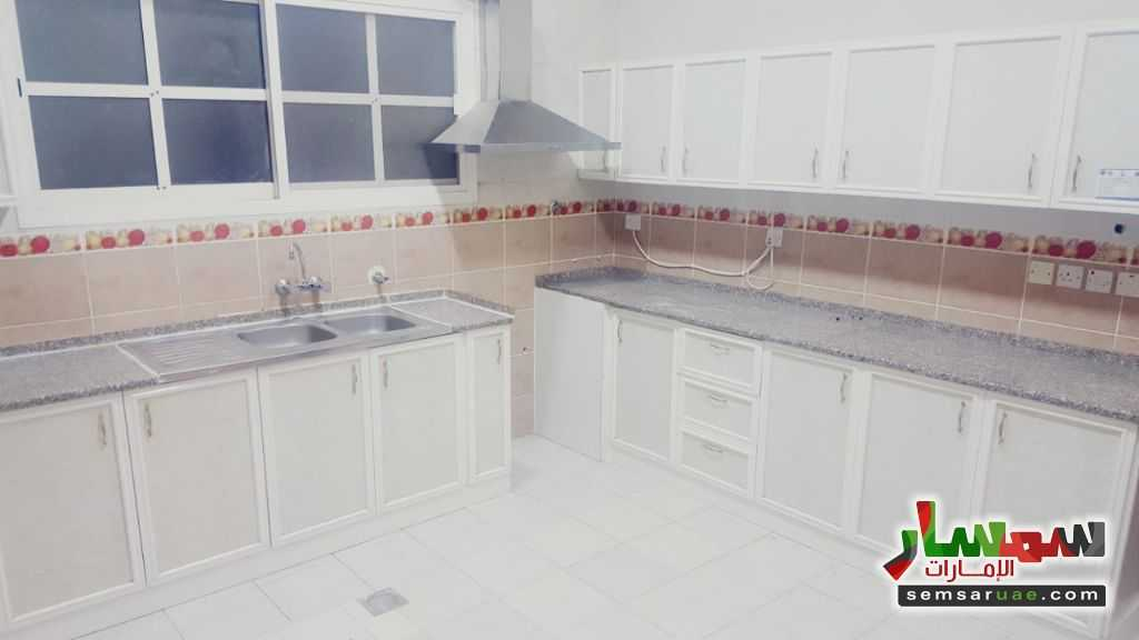 Photo 11 - Villa 4 bedrooms 3 baths 200 sqm super lux For Rent Al Markhaniya Al Ain