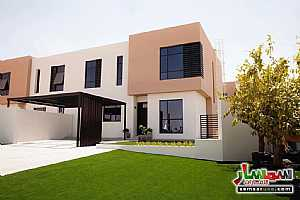 صورة الاعلان: Amazing Corner Villa 5 bedrooms signature villa in premium location in Sharjah في ضاحية السيوح الشارقة