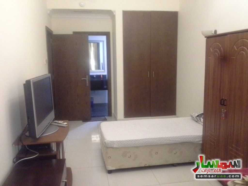Photo 5 - BED SPACE FOR GENTS NEAR UNION METRO For Rent Deira Dubai