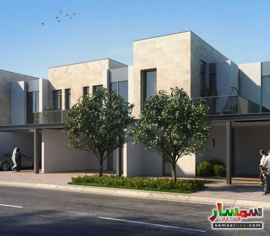 Photo 8 - Best Townhouses By the Biggest Developer In Dubai with 6 years installment payment plan For Sale Global Village Dubai
