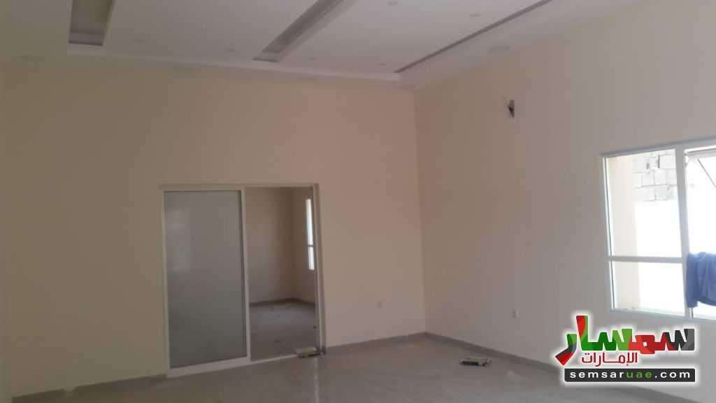 Photo 2 - Luxury 2 story villa for sale For Sale Al Salamah Umm Al Quwain