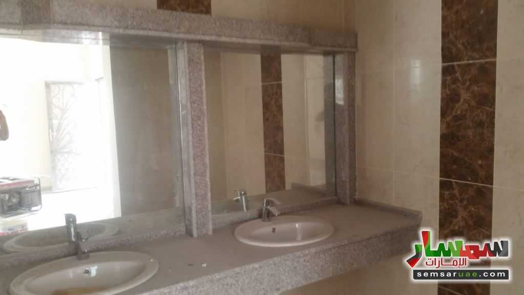 Photo 5 - Luxury 2 story villa for sale For Sale Al Salamah Umm Al Quwain