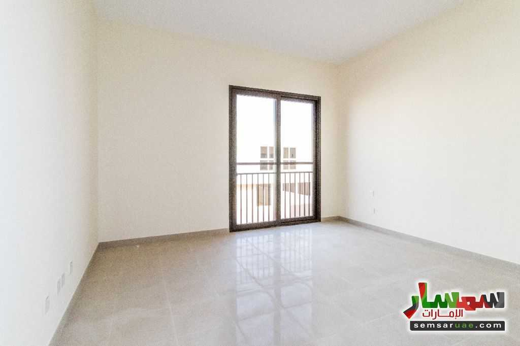 Photo 5 - villa townhouse for rent 2745 square feet in al Zaheya gate compound sharjah For Rent Muelih Commercial Sharjah