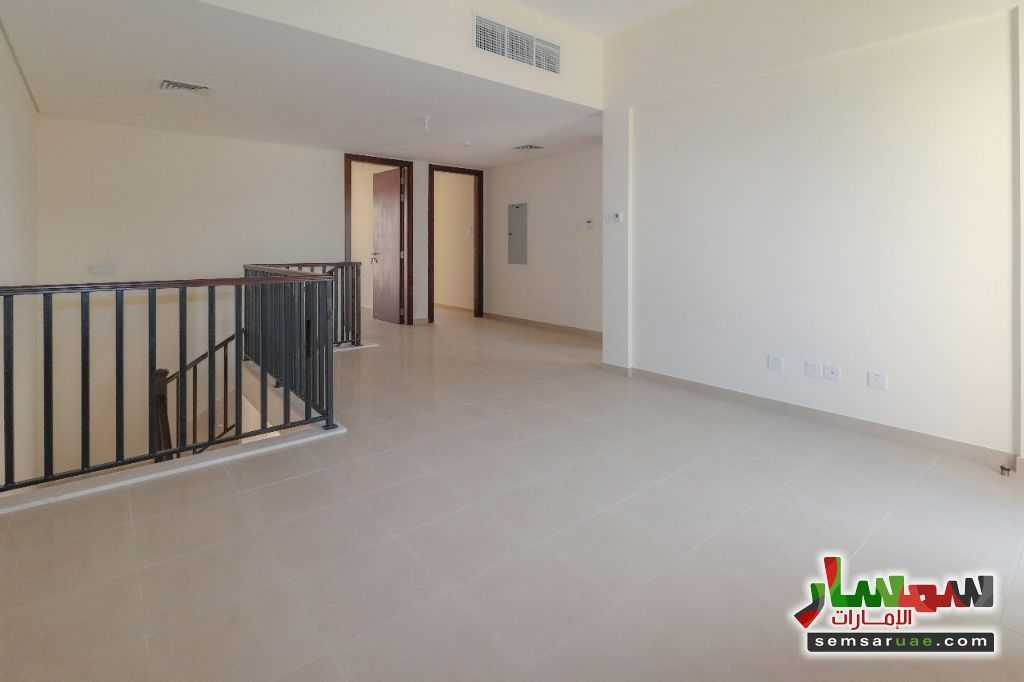Photo 7 - villa townhouse for rent 2745 square feet in al Zaheya gate compound sharjah For Rent Muelih Commercial Sharjah