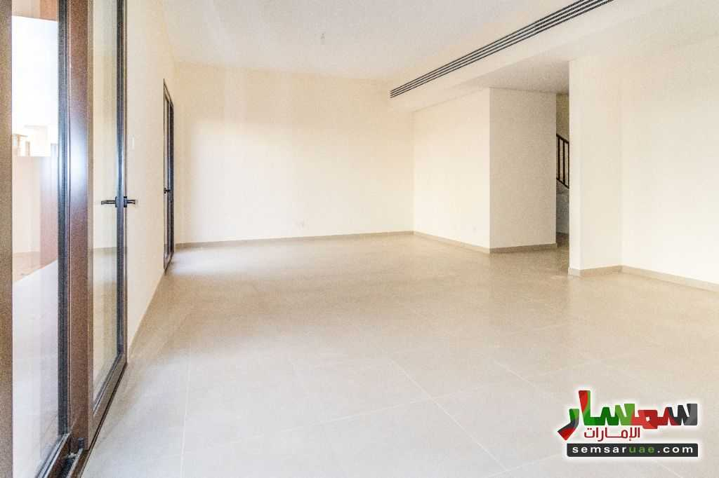 Photo 1 - villa townhouse for rent 2745 square feet in al Zaheya gate compound sharjah For Rent Muelih Commercial Sharjah