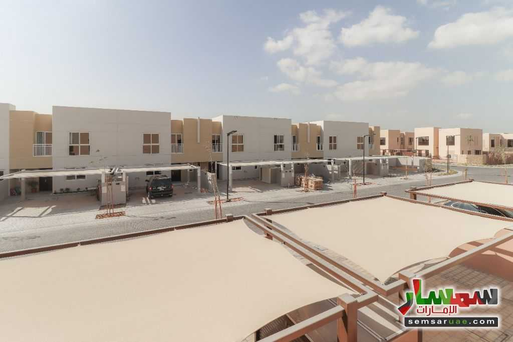 Photo 9 - villa townhouse for rent 2745 square feet in al Zaheya gate compound sharjah For Rent Muelih Commercial Sharjah