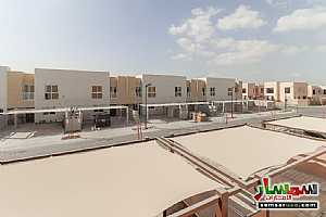 villa townhouse for rent 2745 square feet in al Zaheya gate compound sharjah For Rent Muelih Commercial Sharjah - 9