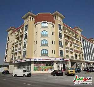 Ad Photo: Apartment 1 bedroom 1 bath 652 sqft super lux in Mirdif  Dubai