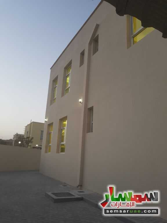 Photo 2 - Villa 9 bedrooms 9 baths 12,000 sqft super lux For Rent Al Barsha Dubai